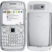 Отдам в хорошие руки смартфон Nokia E72