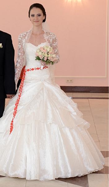Продам: Свадебное платье с болеро - Купить: Свадебное платье с