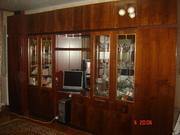 Срочно продаю стенку-гостиную Саратов-2 в отличном состоянии