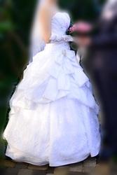 Продам!!! красивое свадебное платье,  42 размера. одевала один раз!!!!!