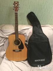 Продам гитару YAMAHA-310 с чехлом