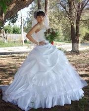 Продам свадебное платье)))